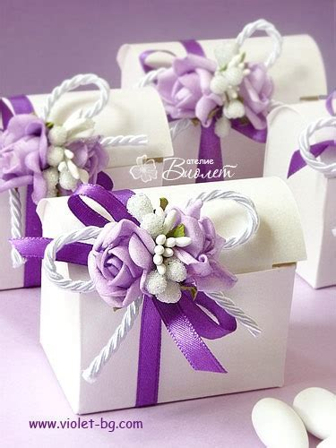 12 best Wedding boxes bonbonniere   purple and pink images