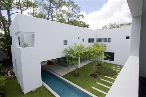 Minimal Garden Design Ideas Exterior Design Minimalist Garden Landscape Design Provide Ideas Sipfon Home Deco