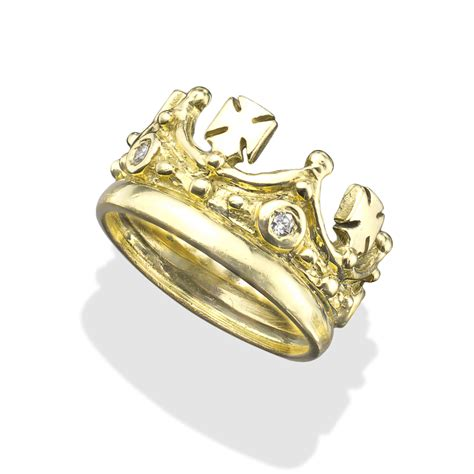 white diamonds and crosses 18k gold crown ring