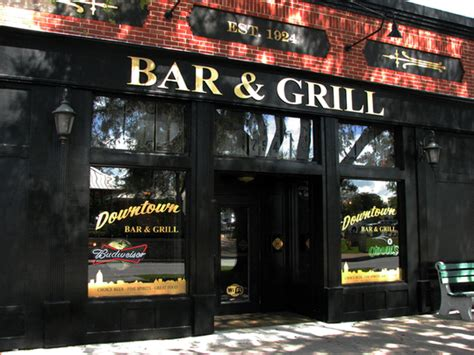 downtown bar and grill choice spirits