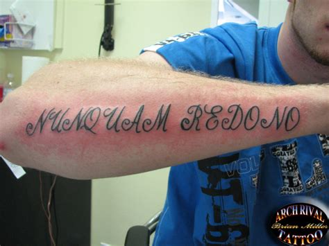 tattoo never give up latin never give up in latin by theothertattooguy on deviantart