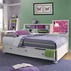 Daybeds For Toddlers Bedroom The Best Modern Daybeds For Your Children