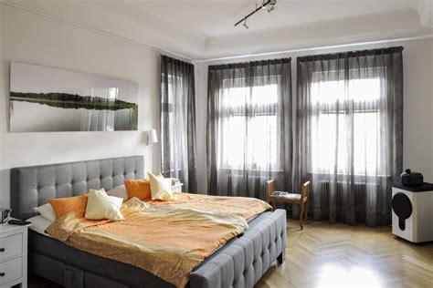 gardinen für schlafzimmer moderne schlafzimmer gardinen raumausstatter berlin