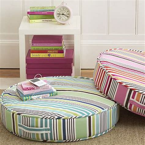 Floor Cushions Decor Ideas by 57 Cool Ideas To Decorate Your Place With Floor Pillows