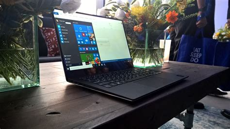 install windows 10 dell laptop dell xps 13 with windows 10 impressions