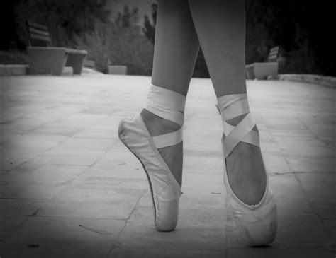 Imagenes De Zapatillas En Blanco Y Negro | foto studio ily