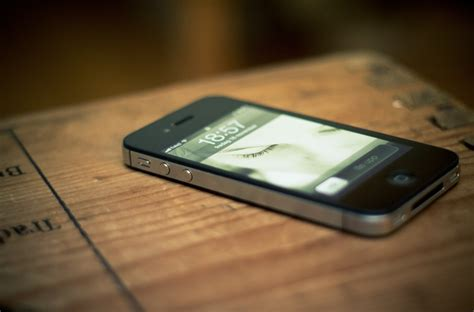 phone on the table 10 statistics that is the future of marketing