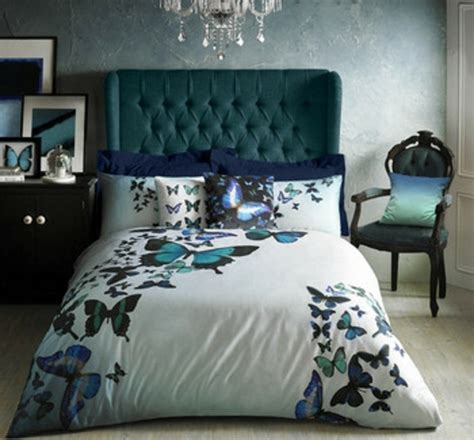 tete de lit avec tapisserie 1001 id 233 es pour une chambre bleu canard p 233 trole et paon