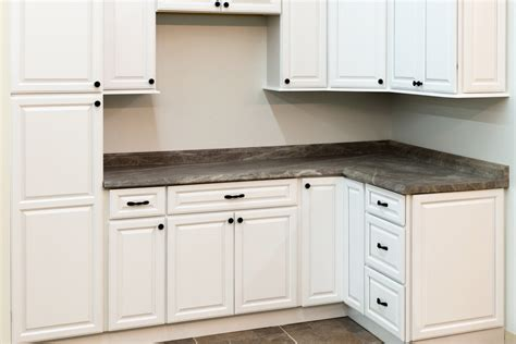 Bargain Outlet Kitchen Cabinets by Harbor White Kitchen Cabinets Bargain Outlet
