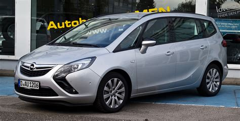 Reliable car Opel Zafira wallpapers and images   wallpapers, pictures, photos