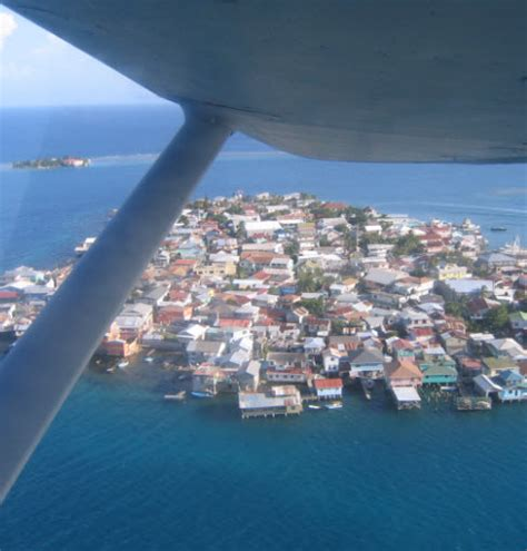 guanajaguide     about the bay islands of roatan