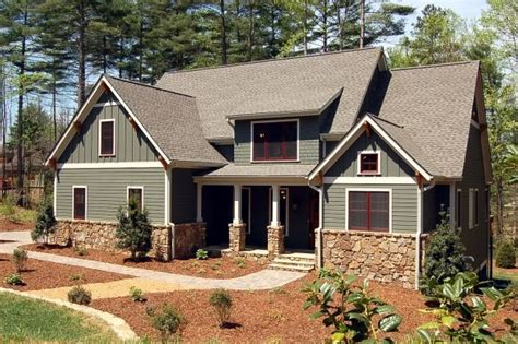 what is craftsman style vertical siding picmia