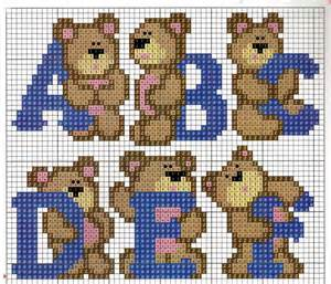 hama bead letter patterns 1038 best images about monogramas e letras on