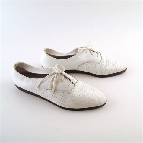 white oxfords shoes s oxfords white leather vintage 1980s shoes