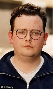 ronnie barker s fugitive son left 163 2m by mother but