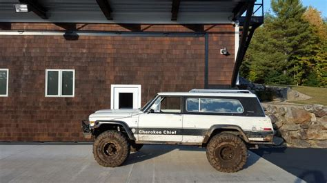 jeep chief road 1979 jeep chief pirate4x4 com 4x4 and