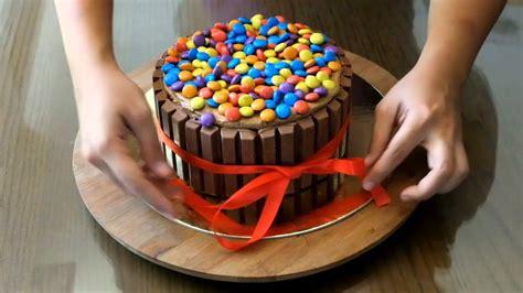decorating  kitkat cake chedz culinary club cake decorating youtube