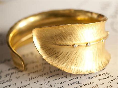 Jewelry Designer Spotlight: Alexandra Hart   idazzle.com