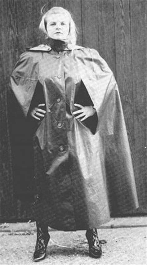 I heart Rainwear: Vintage Kleppercape