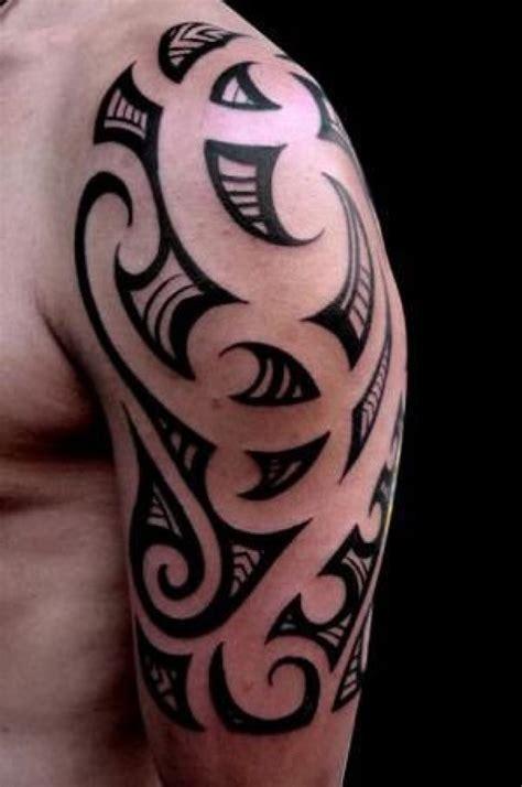 tatuagem de tribal no braco desenhos de tattoos