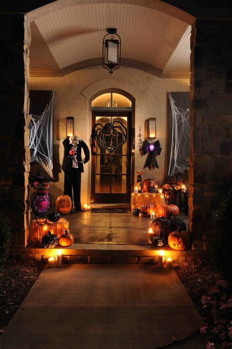 home halloween decorations 70 cute and cozy fall and halloween porch d 233 cor ideas