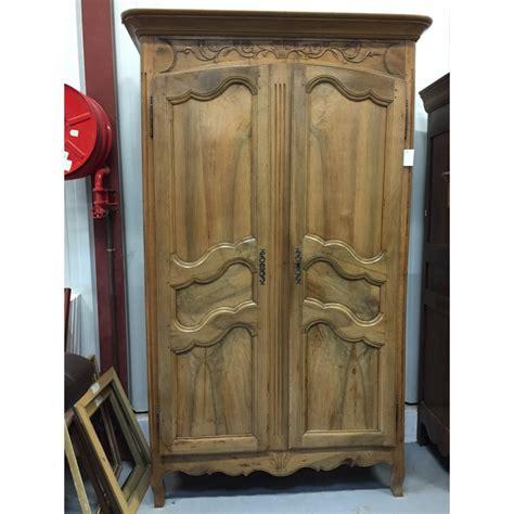 Armoire Style armoire ancienne 2 portes de style louis xv troc 3000 fr 233 jus