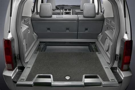 jeep nitro interior dodge bids farewell to caliber crossover and nitro suv