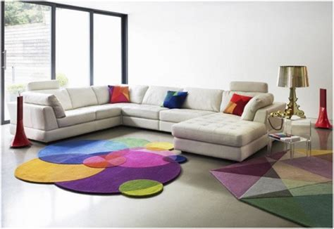 Karpet Warna Warni menghias rumah minimalis dengan karpet desain rumah unik