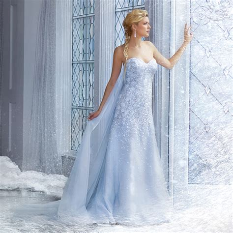Ice Queen Style! 25 Stunning Wedding Dresses For Winter Wonderland!   Praise Wedding