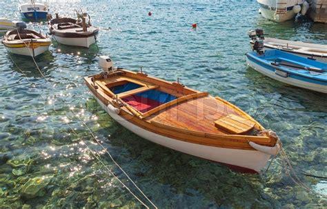 cigarette boat lake como marine mole farverig stock foto colourbox
