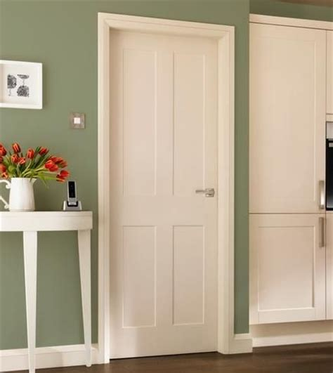 Howdens Interior Doors Burford 4 Panel Moulded Panel Doors Doors Joinery Howdens Joinery Interior