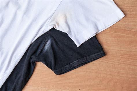flecken entfernen deoflecken entfernen aus kleidung putzen de