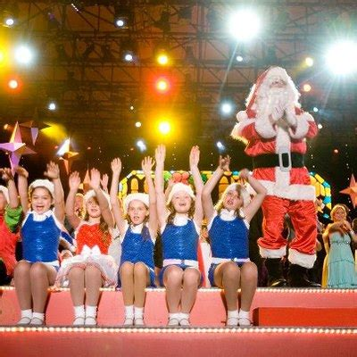 family friendly activities in december top kid friendly december events in sydney sydney