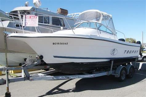 trophy boats in canada bayliner boats for sale in canada 5 boats
