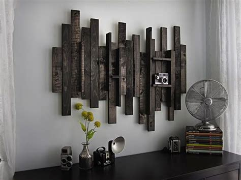 Decorating Ideas For Uneven Walls Diy Wall Using Recycled Wood Pieces Use A Supporting