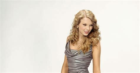 download mp3 gorgeous taylor swift beautiful taylor swift taylor swift gorgeous legs