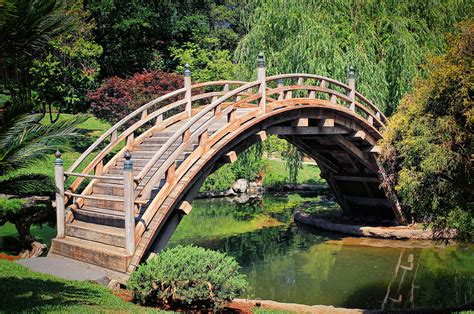 garden bridges japanese garden bridge the japanese garden bridge at the