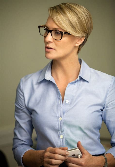 robin wright haircut robin wright house of cards s claire underwood is vanity