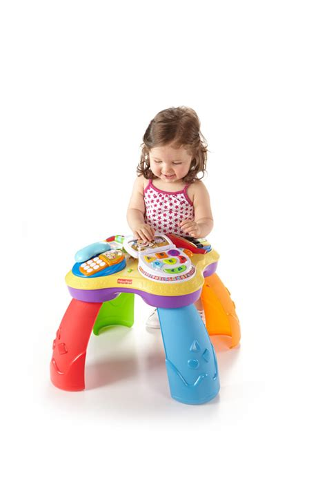 fisher price laugh and learn puppy table amazon com fisher price laugh learn puppy and friends