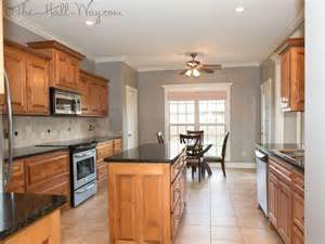 Kitchen Paint Ideas With Maple Cabinets Kitchen W Maple Cabinets With Cherry Stain And Mocha Glaze Uba Tuba Granite Tumbled Marble