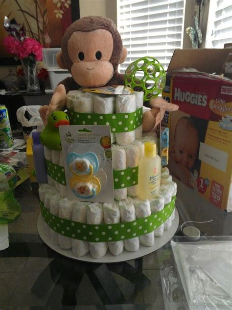 Things To Put In A Baby Shower Gift Basket by 1000 Ideas About Per Cake On Cakes