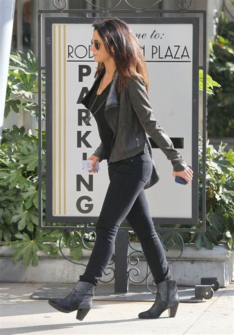Style Emmanuelle Chriqui by Emmanuelle Chriqui Style Out And About In Beverly