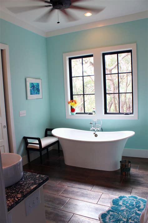 attractive Blue Bathroom Decorating Ideas #1: Astounding-Cheap-Tiffany-Blue-Vases-Decorating-Ideas-in-Bathroom-Tropical-design-ideas.jpg