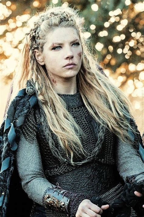 how did lagertha shield maiden die as 25 melhores ideias de katheryn winnick no pinterest