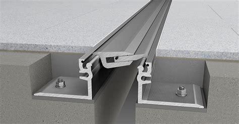 coprigiunto per pavimenti coprigiunti di dilatazione couvraneuf 174 in metallo