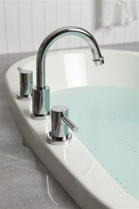 jacuzzi bathtub faucets we want to help make your remodel easy and affordable