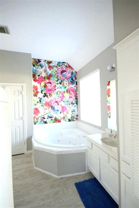 bright bathroom ideas 2018 bathroom wall paper bathroom wallpaper bathroom wallpaper ideas houzz cornellfetch