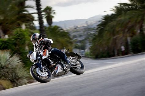 Top Speed Of Ktm Duke 200 2014 Ktm 200 Duke Picture 548010 Motorcycle Review
