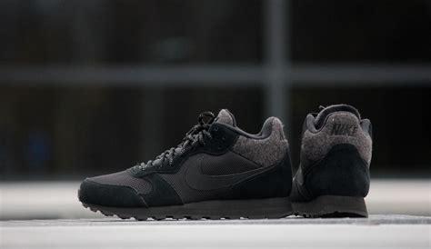 Nike Md Runner Black White nike md runner 2 mid black black white 807406 001