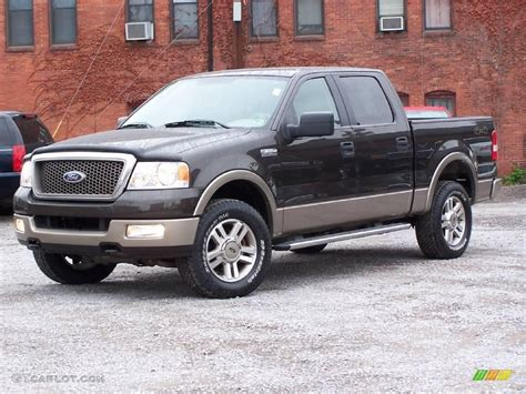 2005 metallic ford f150 lariat supercrew 4x4